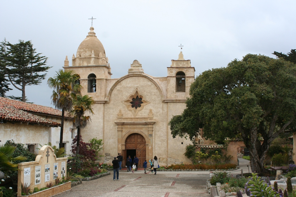 During The Late 18th And Early 19th Century Colonial Empire Of Spain Constructed A Chain Missions Along California Coast That Stretched From San