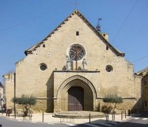 Collegiate of Roquemaure (wikipedia.com)