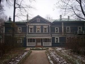 Tchaikovsky Home (wikipedia.com)