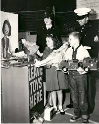 Toys for Tots (wikipedia.com)