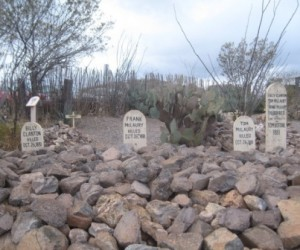 Boot Hill Cemetery (wikipedia.com)