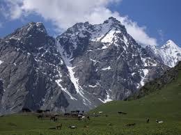 Santa Claus Mountain (jaunted.com)