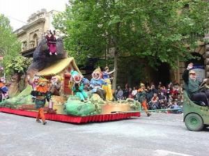 Snow White Float (wikipedia.com)