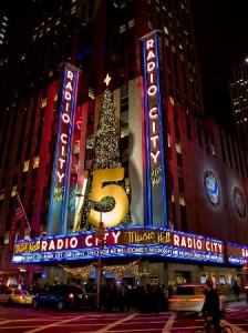 Radio City Music Hall (wikipedia.com)