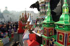 Krakow Nativity Scenes (poland.travel.com)
