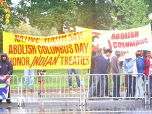 Columbus Day Protestors (www.indiancountrytodaymedianetwork.com)