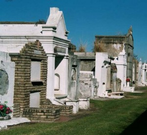 Cemetery in New Orleans (wikipedia.com)